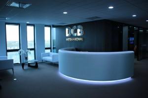 Banque d'accueil de DCB International