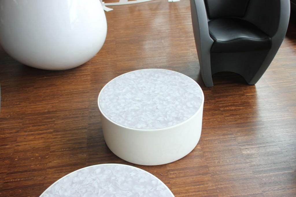 Table basse en Solid Surface V-korr