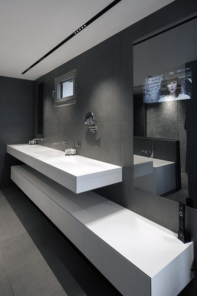 Bathroom fittings: Solid Surface