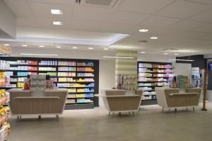3 comptoirs de pharmacie en V-korr