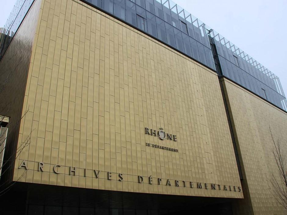 V-korr aux archives du Rhône