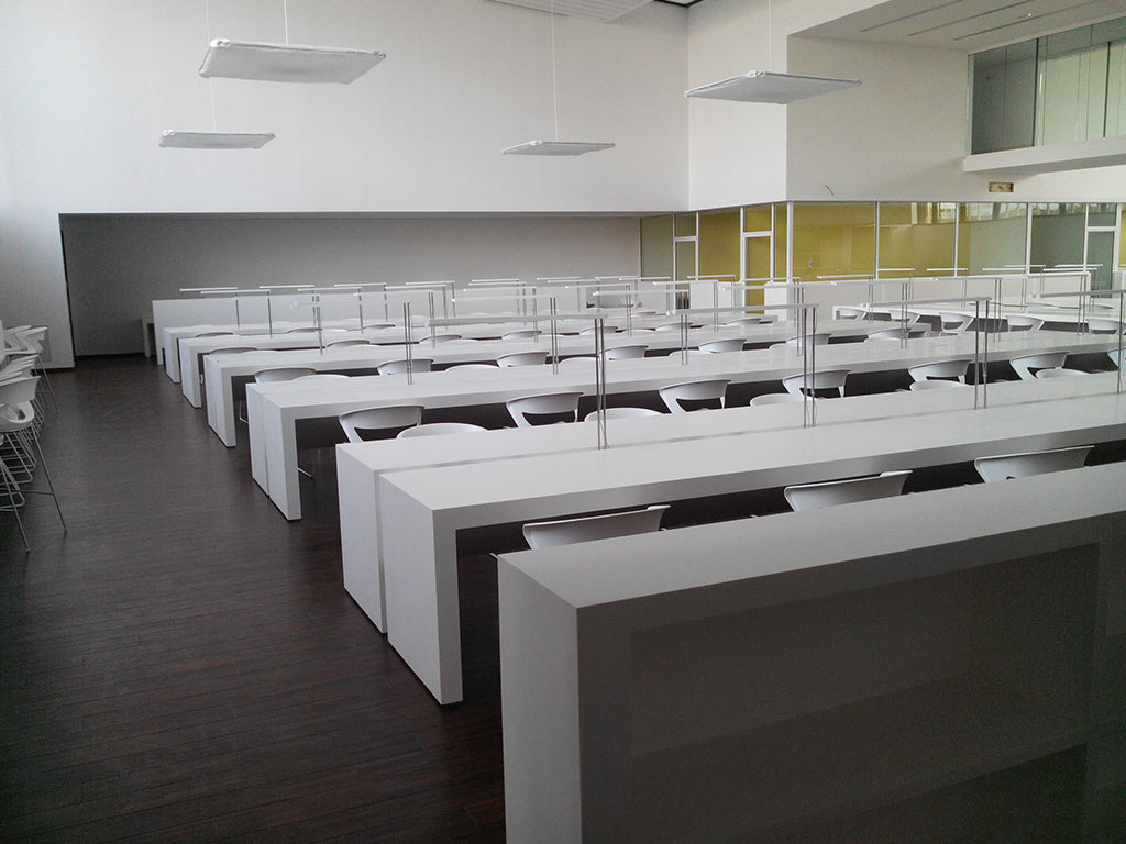 Tables en 001 - Bright White