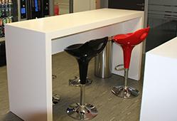 Table en V-korr - idéal pour les salles de pause