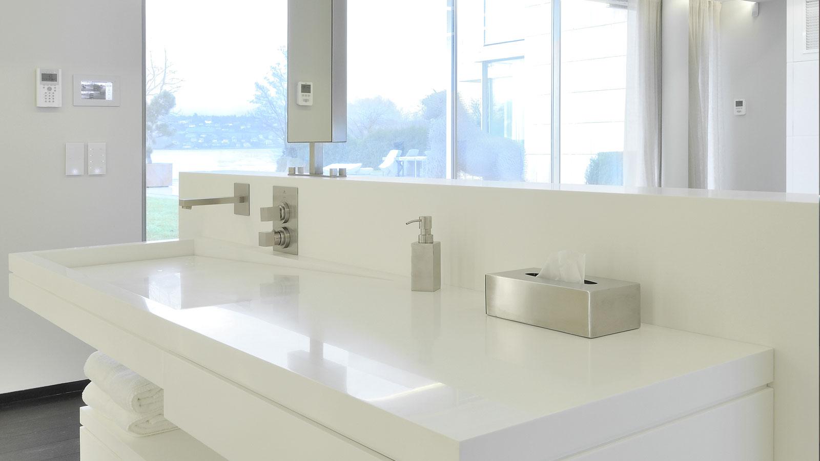 Aménagement intérieur : plan vasque de salle de bains
