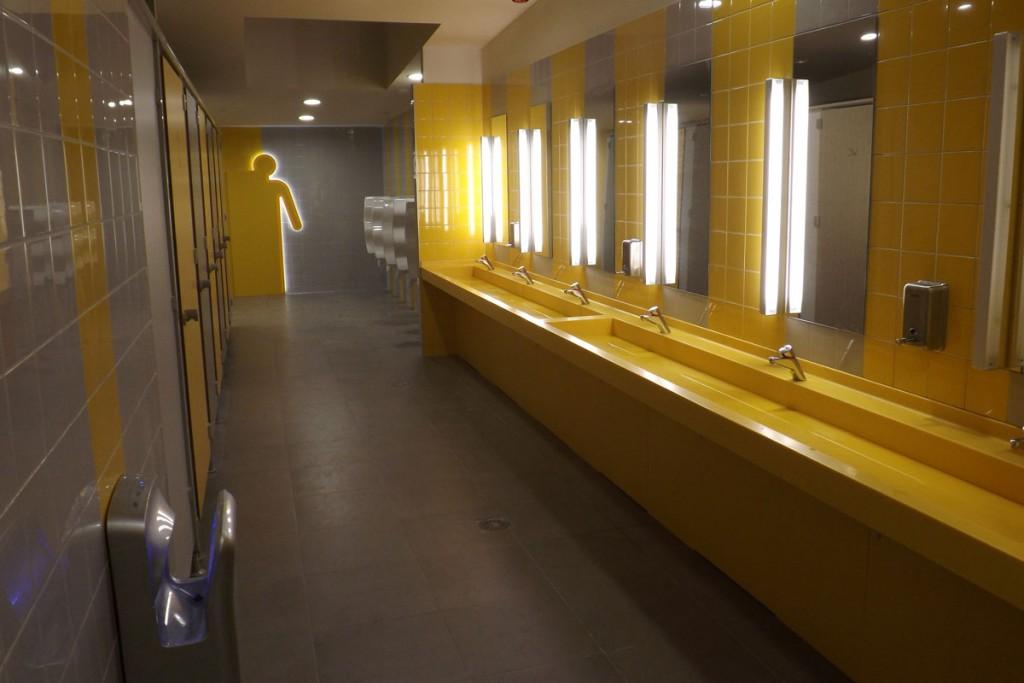 Plan vasque - toilettes hommes - Aire de Ceignes