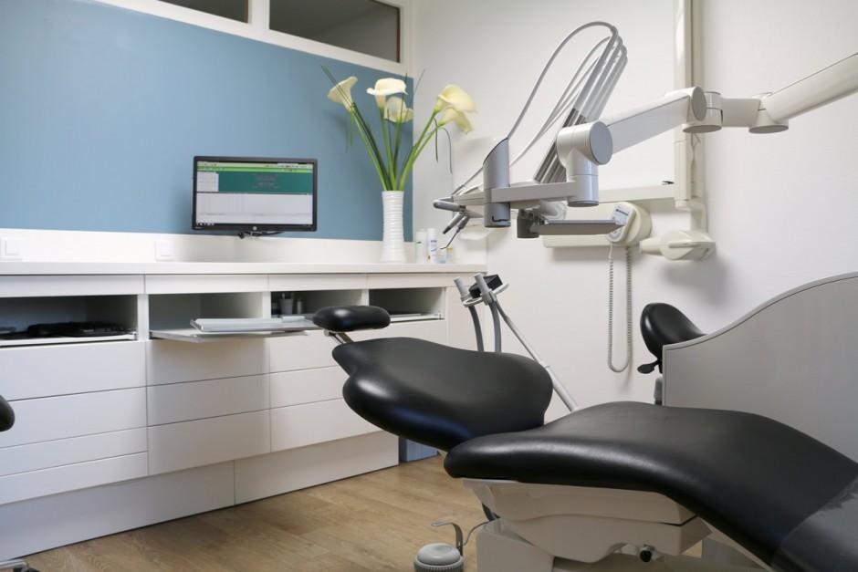 Mobilier de cabinet dentaire