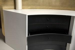 Tiroirs intégrés au bureau en Solid Surface