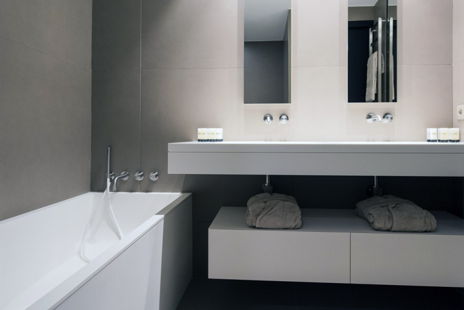 Baignoire et plan vasque en Solid Surface V-korr