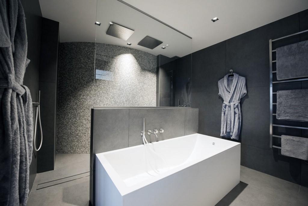 Mobilier résidentiel : baignoire en Solid Surface V-korr