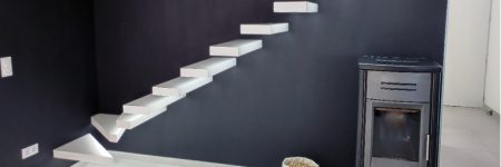 Escalier en Solid Surface : marches flottantes