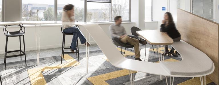 Table de bureau sur mesure en Solid Surface